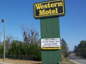 Western Inn Motel   Quitman