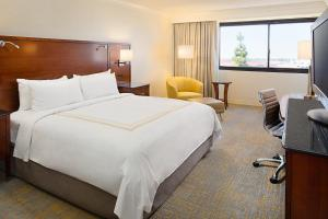 Los Angeles Marriott Burbank Airport, Hotel  Burbank - big - 4