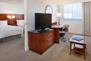 Los Angeles Marriott Burbank Airport, Hotel  Burbank - big - 10