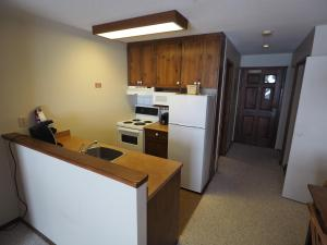 Apex Mountain Inn Suite 323-324 Condo, Апартаменты  Apex Mountain - big - 26