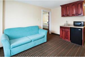 One-Bedroom Suite with Bath Tub - Disability Access/Non-Smoking