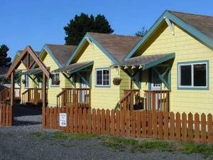 Photo of Seaview Motel & Cottages