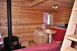 Three-Bedroom Chalet (8 Adults)