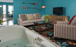 Standard King Room with Spa Bath - Upper Level