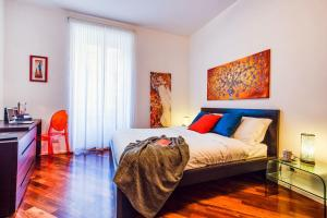 2 Bed Flat Via Dacia - AbcRoma.com