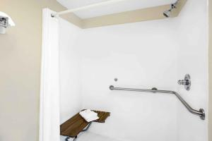 King Room - Disability Access - Smoking