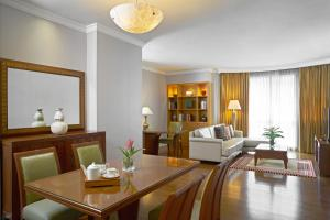 Three Bedroom Suite with City View