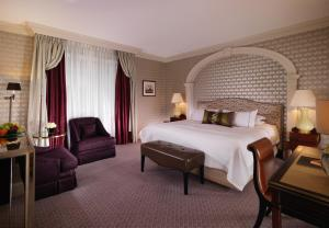 Executive Deluxe King Room