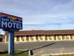 Split Mountain Motel