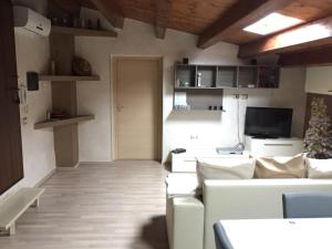 Archimede apartment with terrace - AbcAlberghi.com
