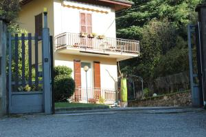 Little house on the river - AbcAlberghi.com