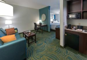 Double Suite with Two Double Beds