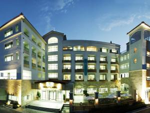 Photo of The Suites Hotel Naksan