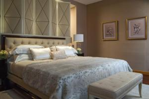 Penthouse Suite with King Bed