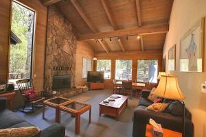 Grouse 6 Holiday Home, Case vacanze  Sunriver - big - 1