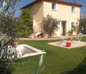 Photo of Domaine Des Roses D'or