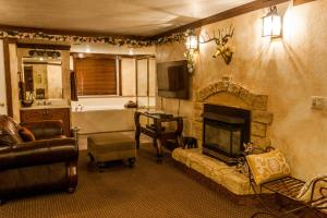 Superior King Suite - King's Lodge
