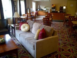Photo of Hawthorn Suites By Wyndham Rancho Cordova/Folsom