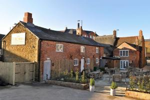 The Three Pigeons Inn in Banbury, Oxfordshire, England