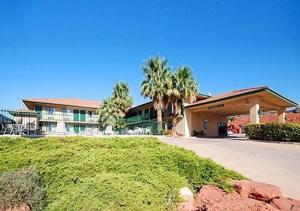 Photo of Rodeway Inn Red Hills Saint George