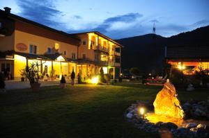 Photo of Hotel Garni Zerza