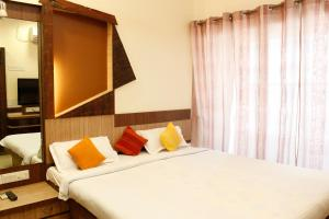 Laurent & Benon Premium Serviced Apartment Parel, Mumbai