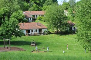 Vallee de Rabais, Holiday parks  Virton - big - 4
