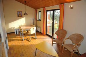 Vallee de Rabais, Holiday parks  Virton - big - 5