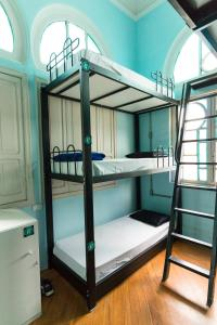 Bed in 16-Bed Mixed Dormitory Room