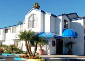 Photo of Rodeway Inn La Mesa