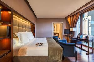 Superior Double Room (1-2 Adults)