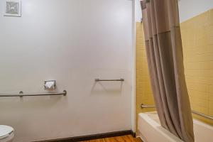 Standard King Room - Disability Access