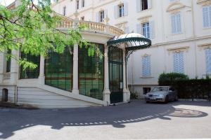 - Apartments Alexandre III - Hôtel Cannes, France