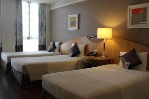 Superior Room with Three Single Beds