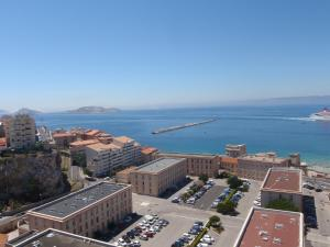 T1 Vue Panoramique Mer & Iles Frioul, Apartmány  Marseille - big - 26