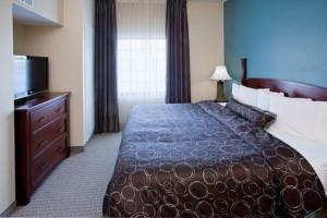 Staybridge Suites South Bend-University Area - South Bend, IN 46637