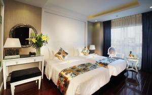 Photo of Golden Silk Boutique Hotel