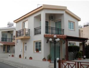 Philippou Beach Villas & Apartments