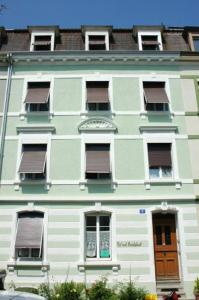 B&B Casa La Luz: pension in Basel - Pensionhotel - Guesthouses