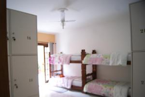 Bed in 10-Bed Mixed Dormitory Room Private Bathroom