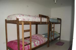 Bed 8-Bed Mixed Dormitory Room with Private Bathroom