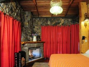 Exclusive Chalet (2 Adults)