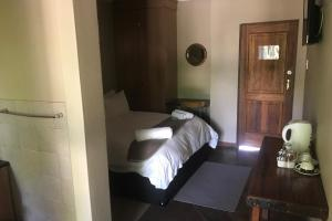 Standard Double Room - Bed and Breakfast