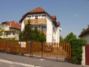 Bed and Breakfast Villa Korall, Budapest