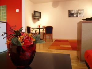 Apartments Oasis CITY: hotels Prague - Pensionhotel - Hotels
