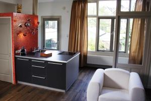 Photo of Short Stay Appartement Dependance Rotterdam
