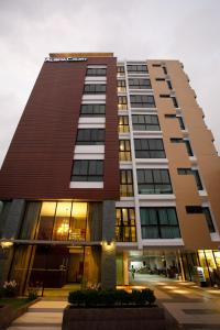 Photo of Alisha Court Hotel & Residence