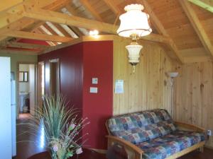 Two-Bedroom Chalet - Perce