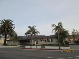 Photo of Town And Country Inn