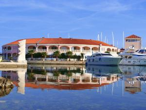 Photo of Marina Frapa   Hotel Otok